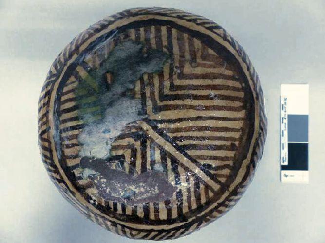 Céramique avant restauration, collections du muséum de Toulouse