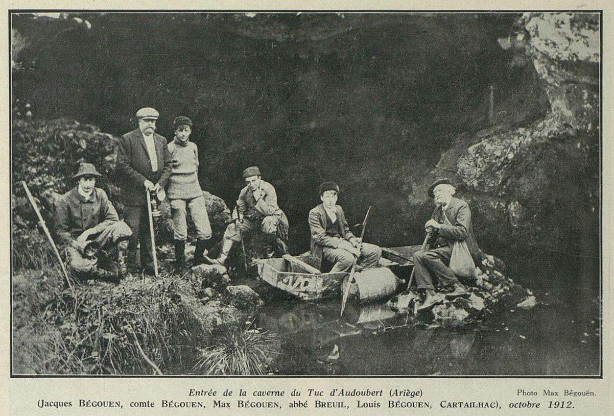 Les Bégouën, Breuil et Cartailhac au Tuc d'Audoubert, 1912