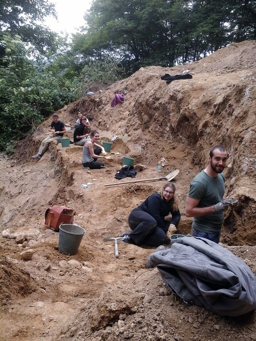 Équipe de fouilles