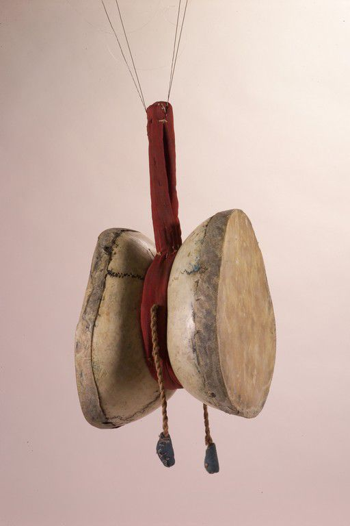 Tambourin (damaru) tibétain, collections du muséum de Toulouse